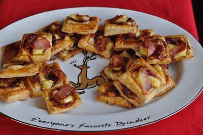 Cranberry, Brie & Bacon Bites