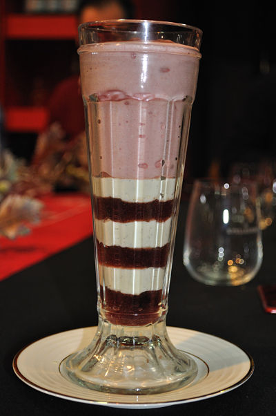 Rustic Stone KnickerBocker Glory