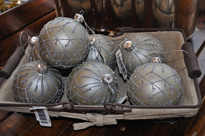 Boulevard Basket of Baubles