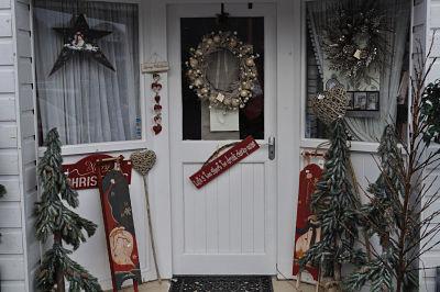 Hampton Villa Shop Front
