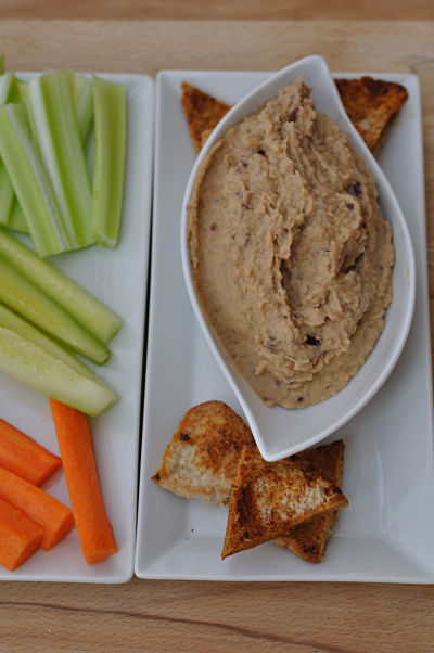 Caramelised Red Onion Hummus with Pitta