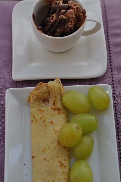 My favourite pancake topping 2011 - tripple choc ice-cream & green grapes