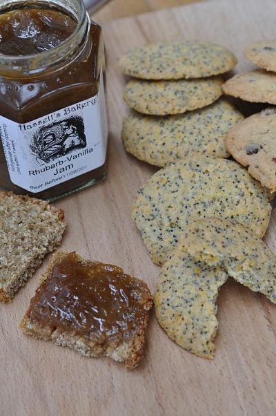 Hasset's Rhubarb Vanilla Jam & Cookies