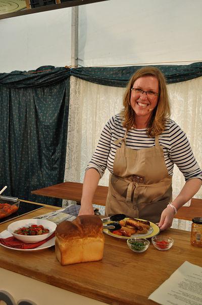 Kristin Jensen of www.dinnerdujour.org & www.edible-ireland.com