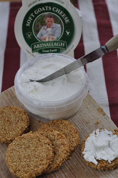 Oatcakes made with Macroom Oatmeal & Flour w' Ardsallagh Cheese