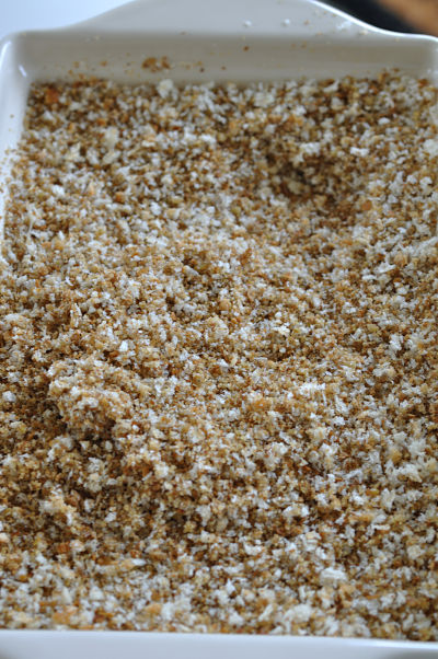 Mixed White & Stoneground Wholemeal Breadcrumbs