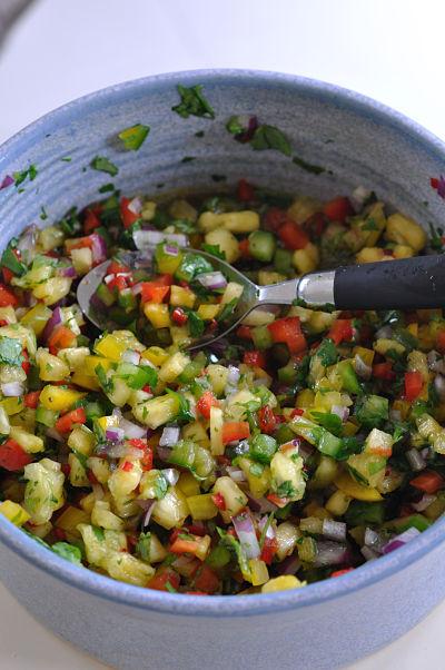Sweet Chilli & Pineapple Salsa Bowl