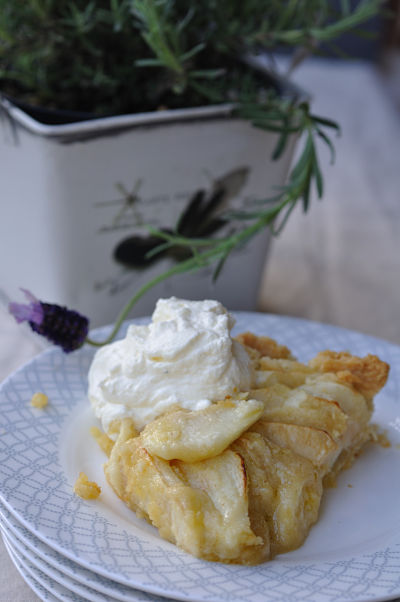 Apple & Almond Tart with Cream