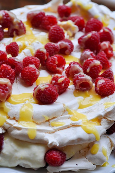 Lemon & Raspberry Pavlova 4