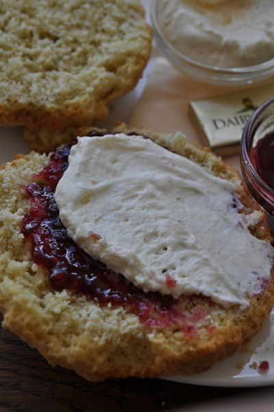 Melt in the mouth scone at Along the Way, Goleen