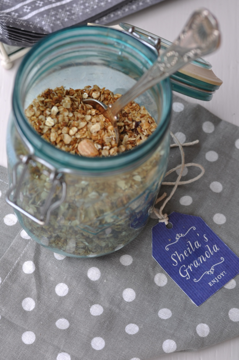 Christmas Granola in Jar from top