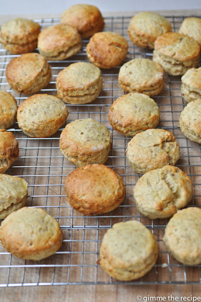 breakfast scones on wire tray