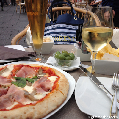 pizza on the square at Capri