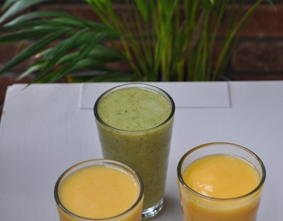 smoothies-in-glasses